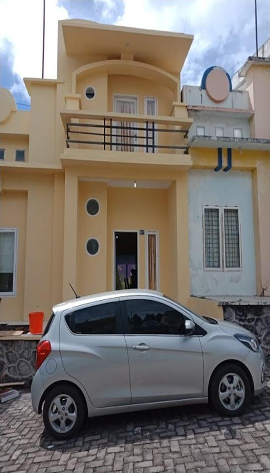 Villa Berastagi Highland 8KK Berastagi - exterior