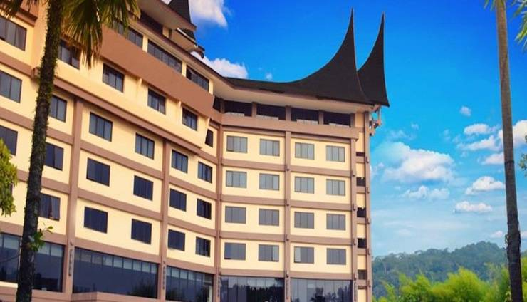 Kyriad Hotel BumiMinang Padang - Tampilan Luar Hotel