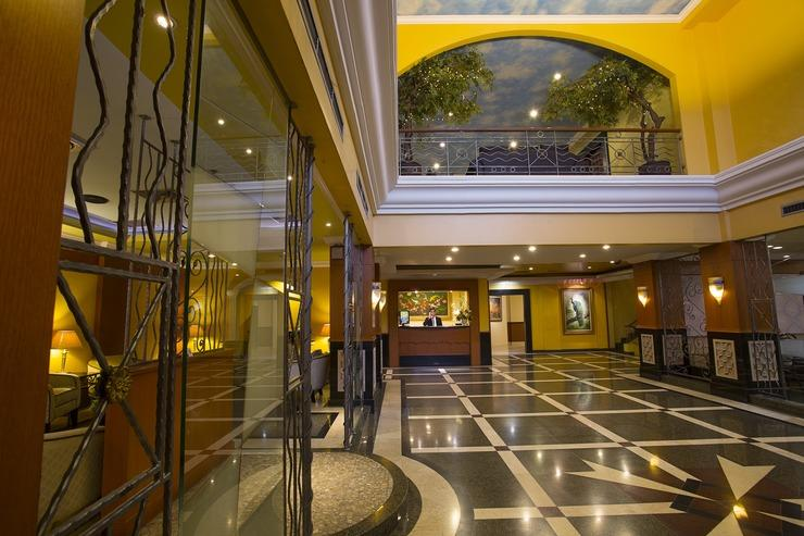 BI Executive Hotel Jakarta - New Lobby Lounge