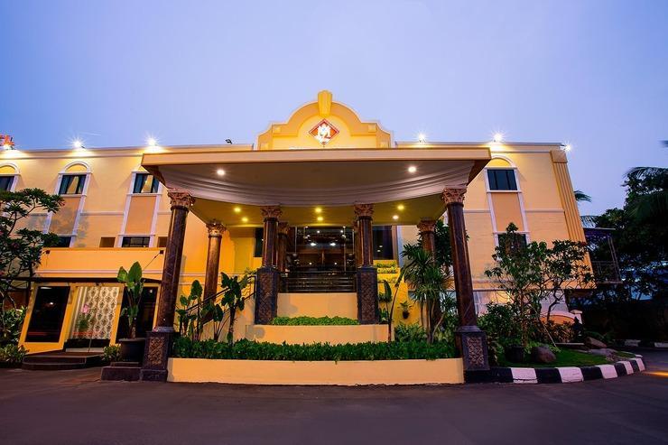 BI Executive Hotel Jakarta - Exterior