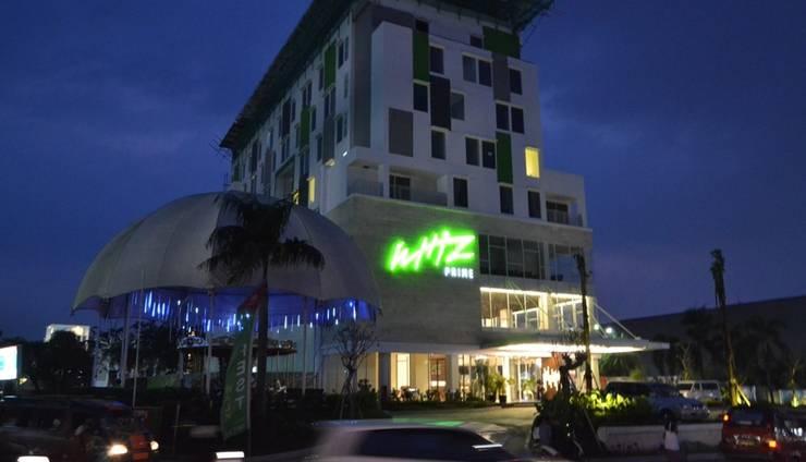 Whiz Prime Cifest Cikarang - Tampilan Luar Hotel