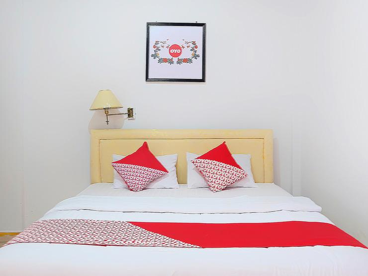 OYO 731 Hotel Matahari 1 Jambi - Deluxe Double Bedroom