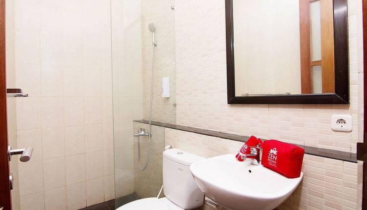 ZenRooms Homey Sanur Bali - Kamar mandi
