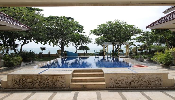 Hotel Bayfront Villa Jepara - Pool