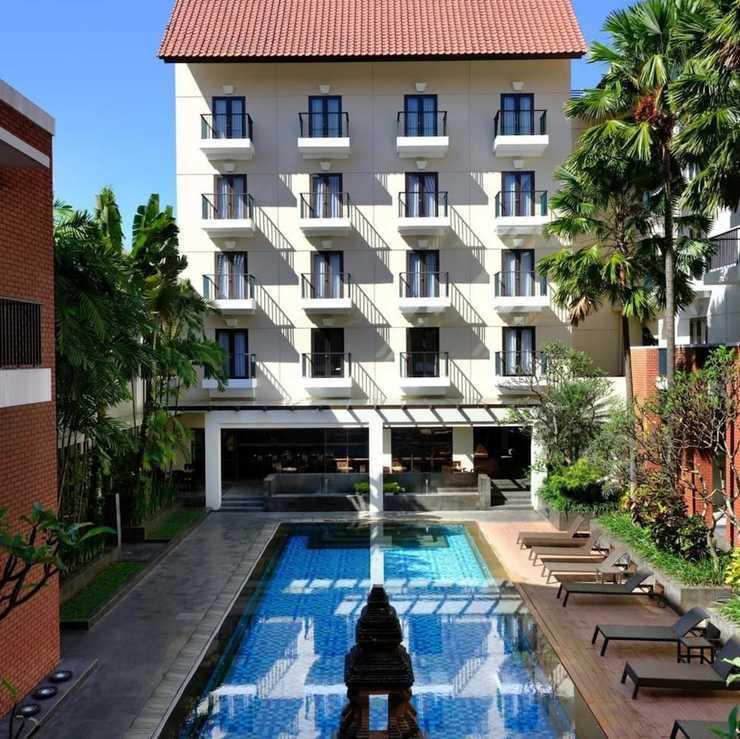Hotel Santika Premier Malang - Outdoor Pool