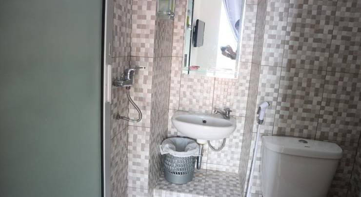 Denata B&B Palembang -  Bathroom