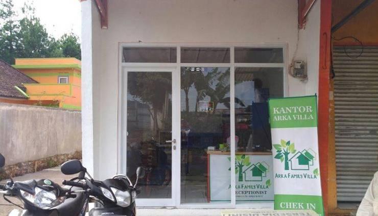 Arka Family Villa Bandung - Exterior