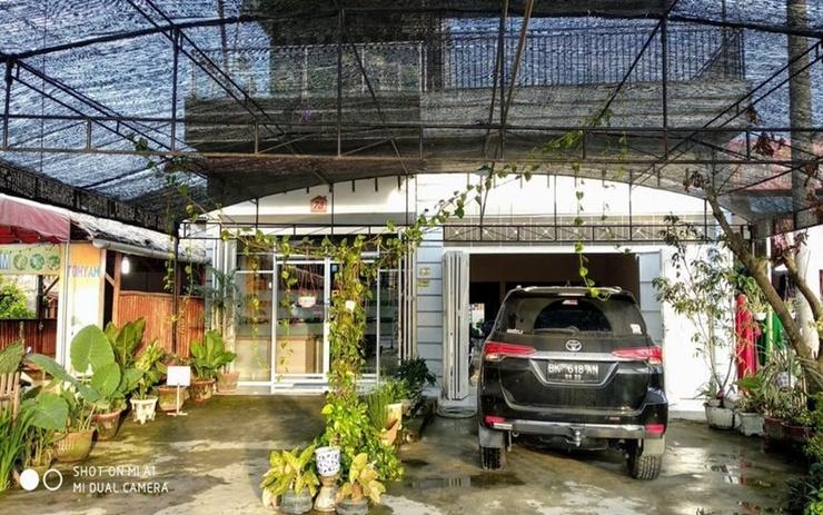 Nasyauqi Guesthouse Batu Bara - Exterior