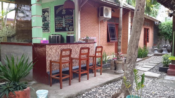 Mandiri Homestay Lombok - Front Office