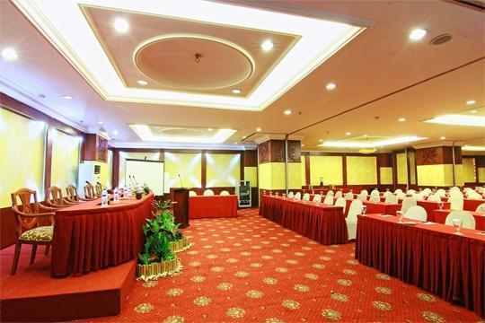 Hotel Horison Semarang - Papandayan meeting room (06/Dec/2013)