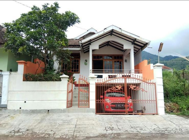 Batu Villas by Tyasto Malang - Facade