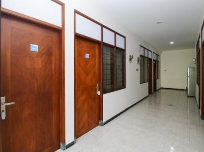 Airy Eco Syariah Gubeng Kertajaya Tujuh 43 Surabaya - Corridor