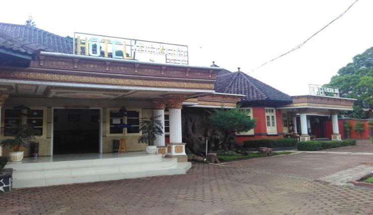 Hotel Kencana Jaya Sumedang - Exterior