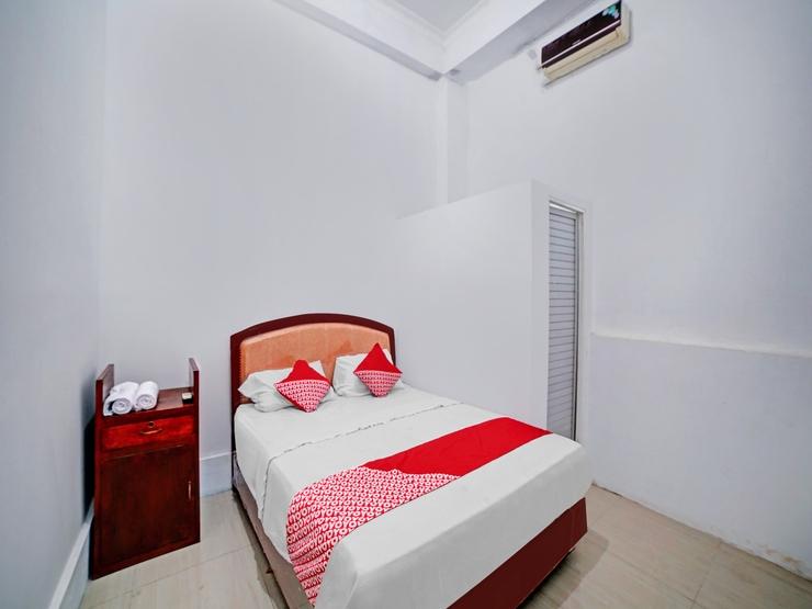 OYO 90387 Sepakat Guest House Medan - Guestroom S/D