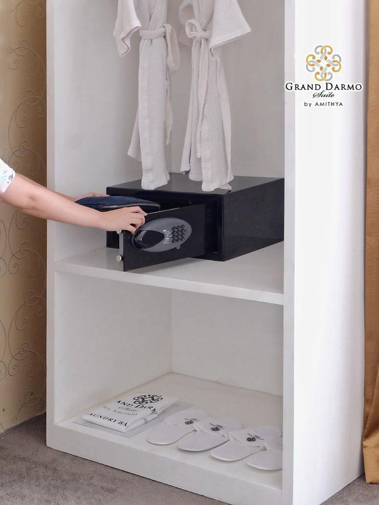 Grand Darmo Suite Surabaya - Safe Deposit Box