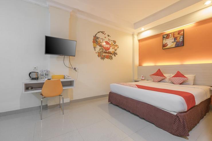 OYO 492 Hotel Alden Makassar - bedroom