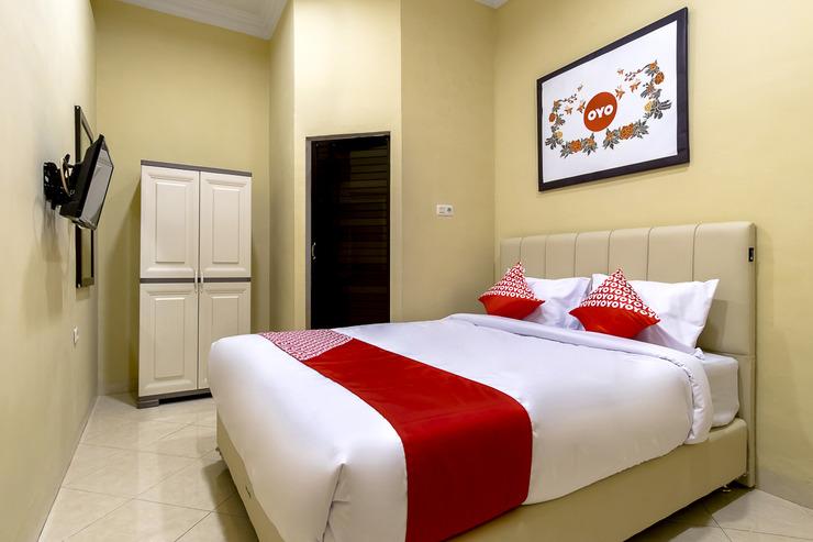 OYO 1307 Star Residence Medan - Bedroom SD