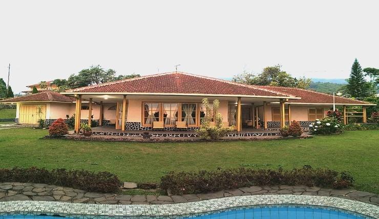Villa De Nusa Sabar Pasuruan - Facade