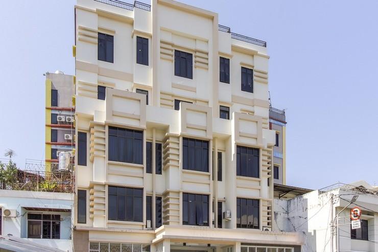 Elfah Hotel Manado - Eksterior