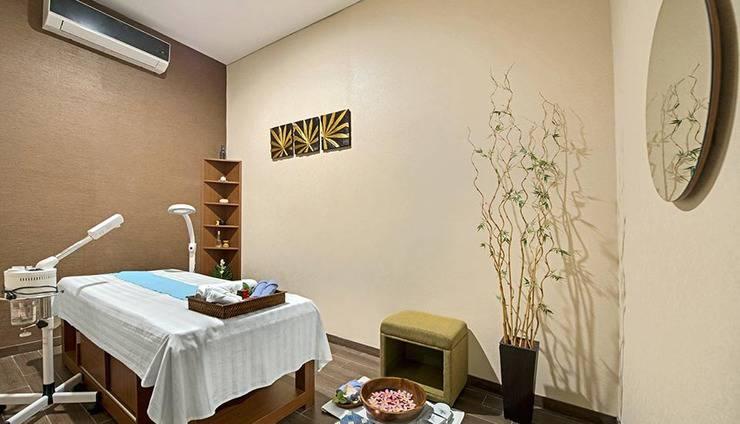 Grand Whiz Poins Square Simatupang - Spa & Pusat Kesehatan
