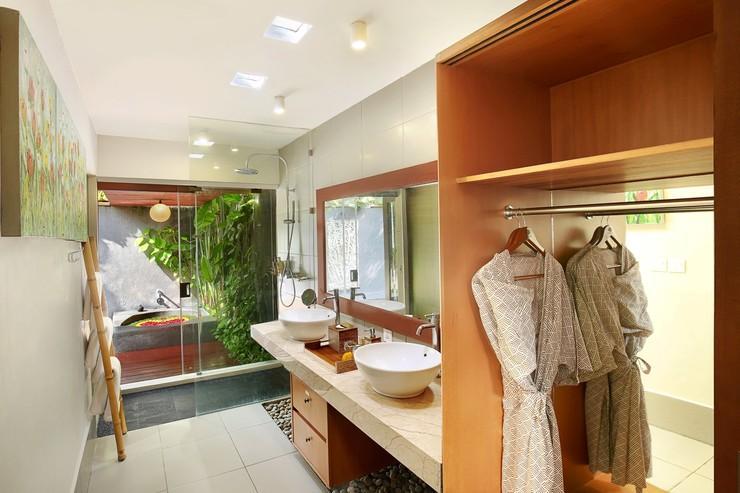 Legian Kriyamaha Villa Bali - Bathroom
