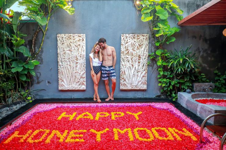 Legian Kriyamaha Villa Bali - full flower decoration on the pool
