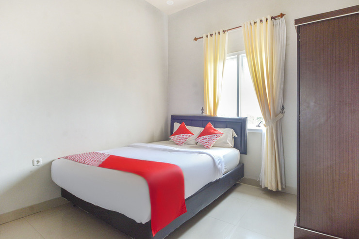 OYO 3232 Rd Kost Palembang - Guestroom