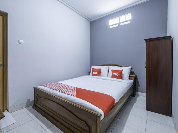 OYO 1859 Rancabali Residence Near Rumah Sakit Mitra Kasih Bandung - Bedroom St D
