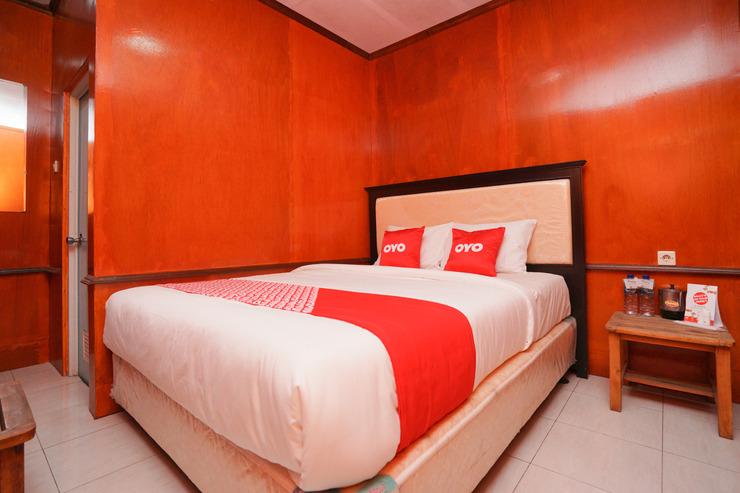 OYO 2120 Pieter Homestay Bromo Probolinggo - Guestroom S/D