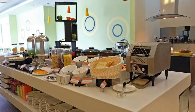 Zest Hotel Batam - Citruz Restaurant