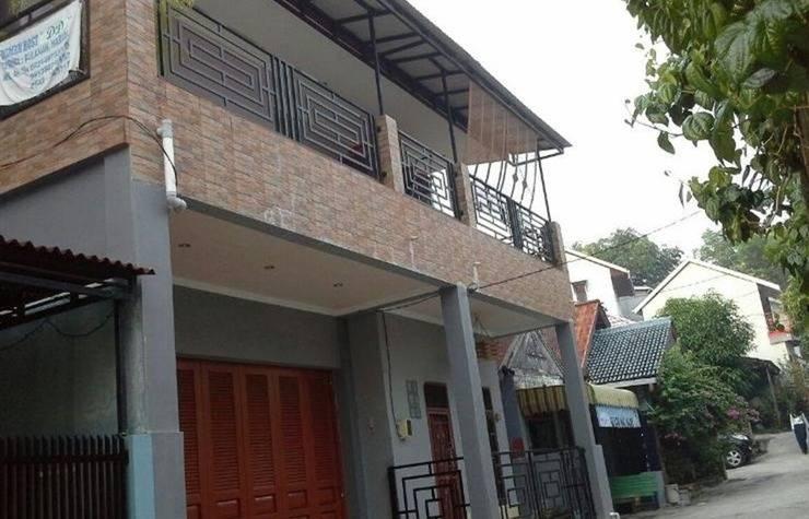 House DD Balikpapan - Eksterior