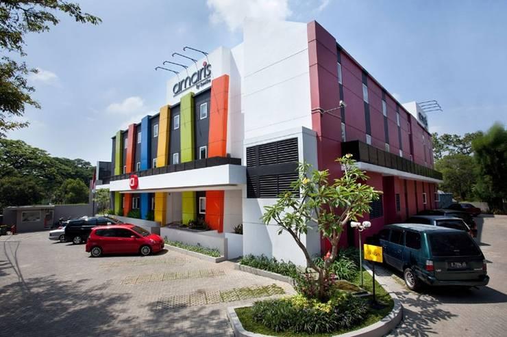 Amaris Cimanuk - Hotel Building