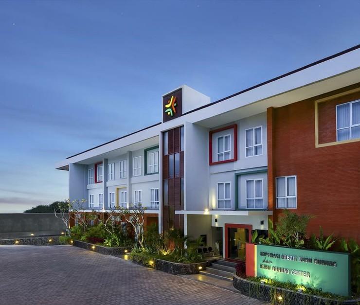 Zizz Convention Hotel Bali - exterior