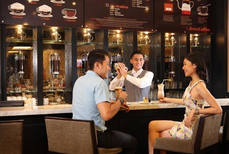 Swiss-Belinn Tunjungan Surabaya - Bar
