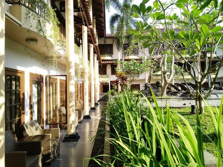 Prime Plaza Hotel Yogyakarta - Exterior