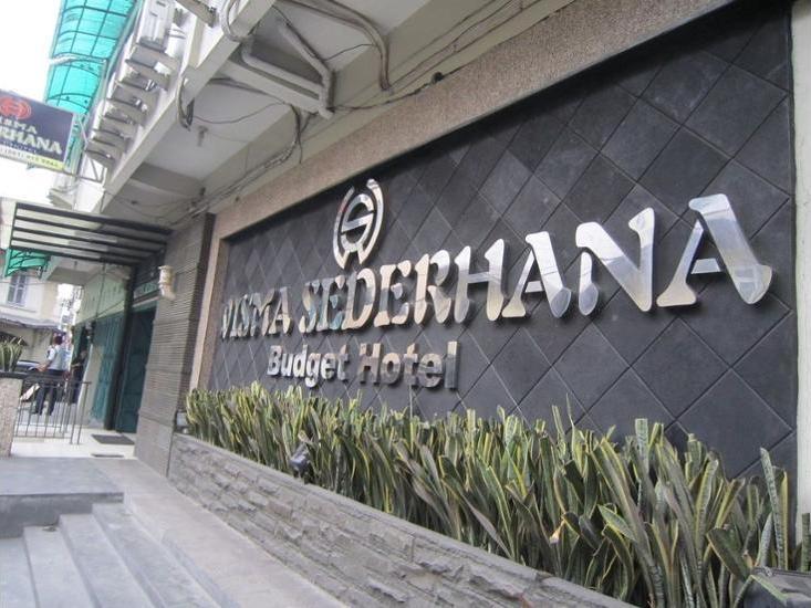 Wisma Sederhana Budget Hotel Medan - Featured Image