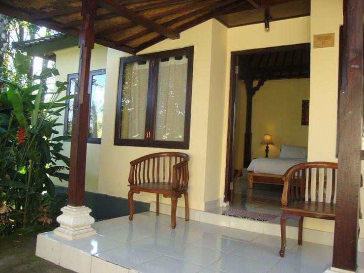 Atres Villa Bali - Guestroom