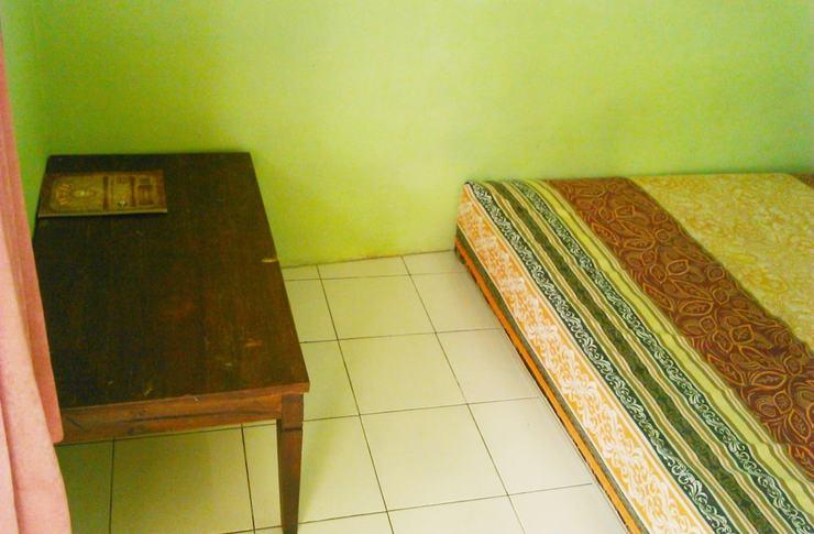 Kost Semarang Peterongan Timur Semarang - Guestroom