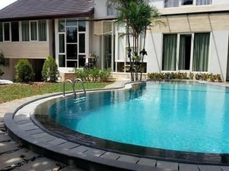 Harga Hotel W Home Fatmawati (Jakarta)