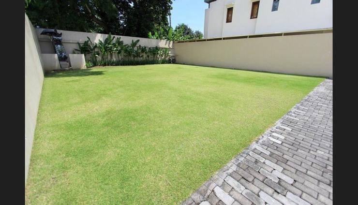 Villa Damaya Bali - Property Grounds