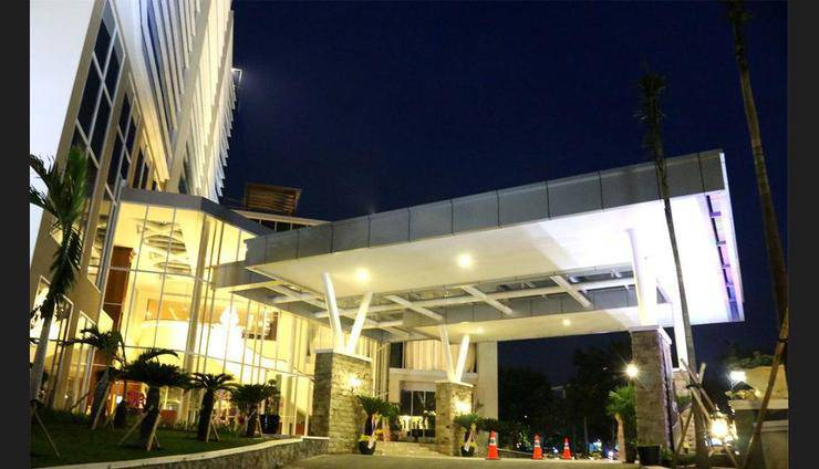 Java Palace Hotel Bekasi - Featured Image