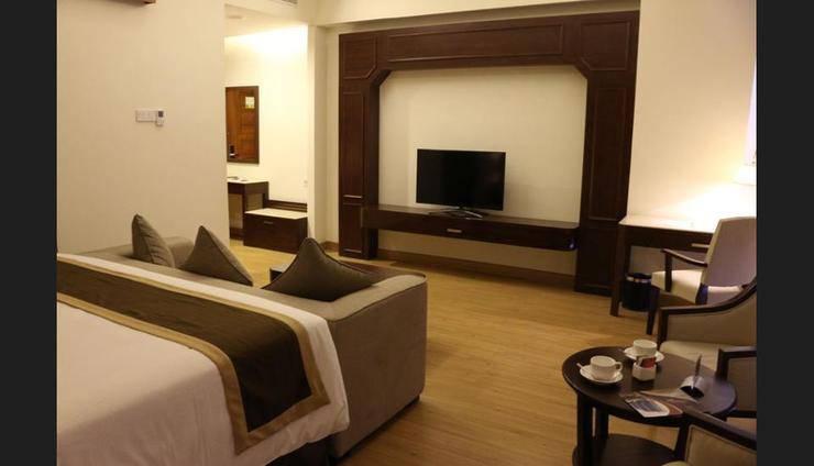 Java Palace Hotel Bekasi - Guestroom