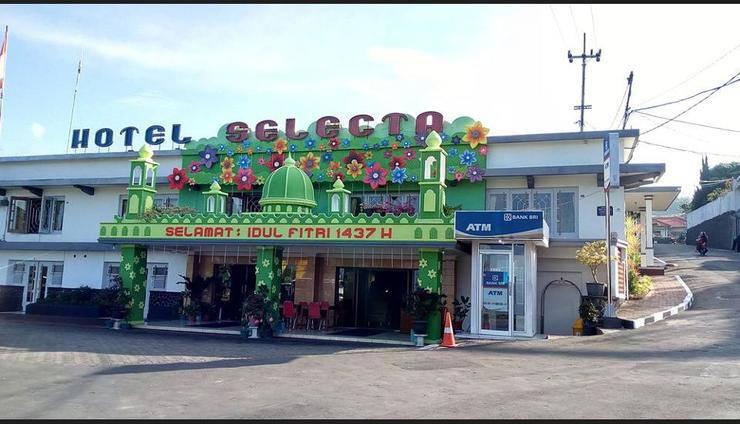 Hotel Selecta Malang - Featured Image
