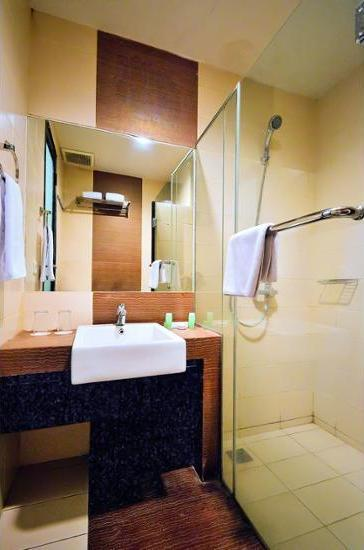 Rasuna Mansion Jakarta - Bathroom
