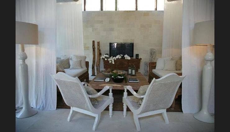 OAZIA Spa Villas Bali - Living Room