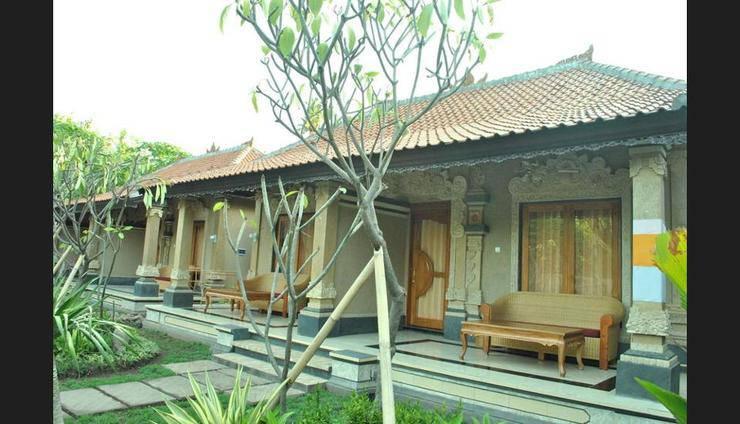 Trijaya Guest House Bali - Featured Image