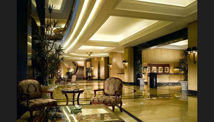 JW Marriott Jakarta - Lobby Sitting Area