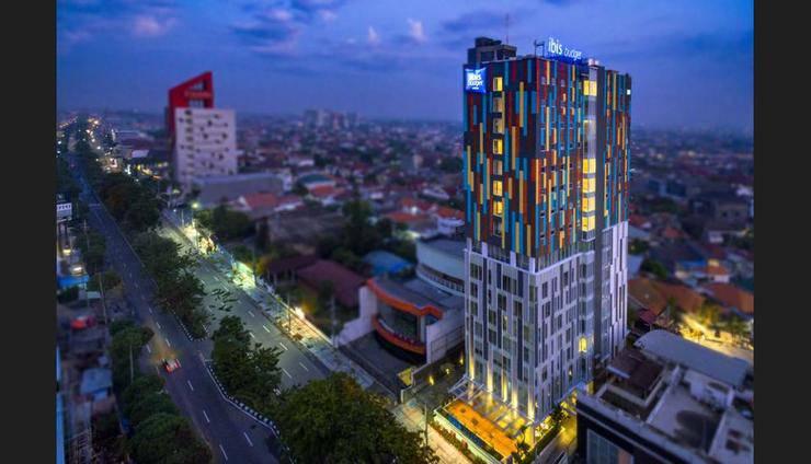 ibis budget Surabaya HR Muhammad - Featured Image