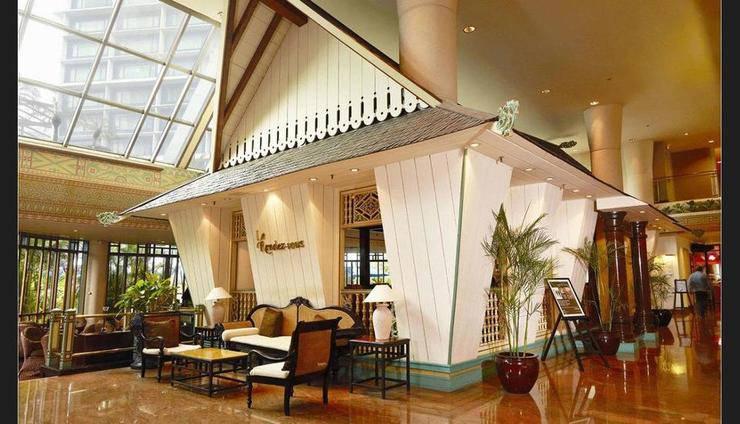 Le Meridien Jakarta - Lobby Lounge