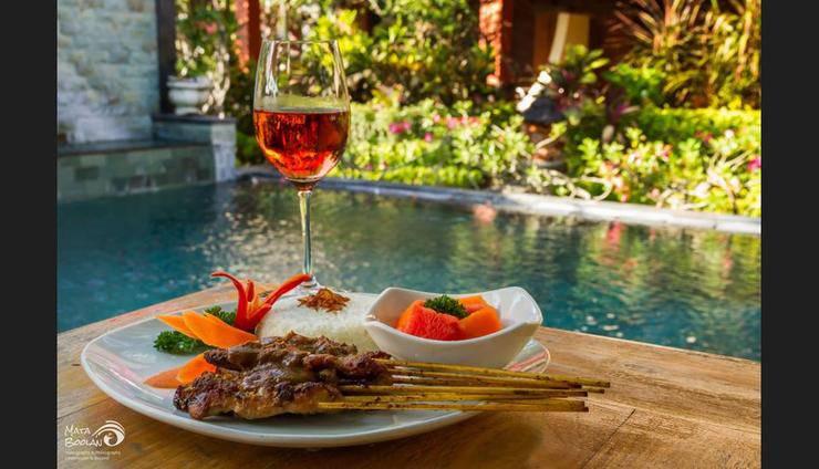 Rama Shinta Hotel Bali - Food and Drink